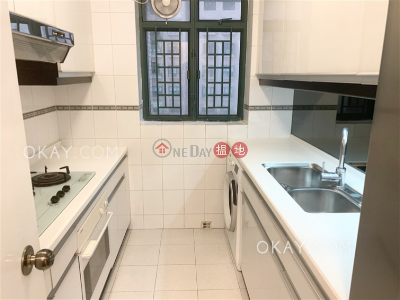 HK$ 24M | Hillsborough Court | Central District | Rare 2 bedroom in Mid-levels Central | For Sale