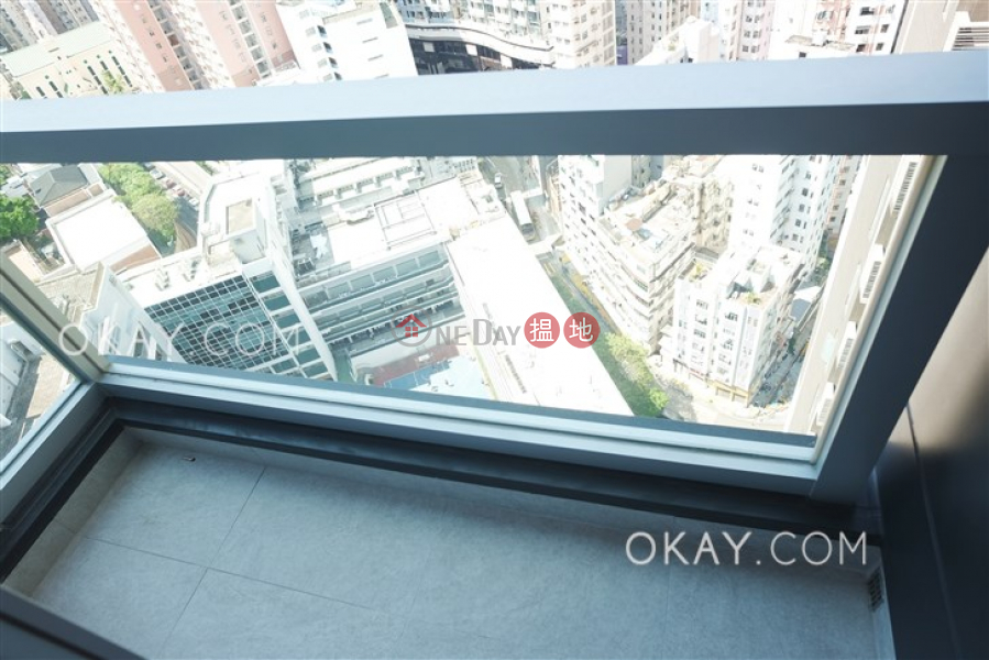 Lovely 1 bedroom on high floor with balcony | Rental | 8 Hing Hon Road | Western District | Hong Kong | Rental HK$ 27,300/ month