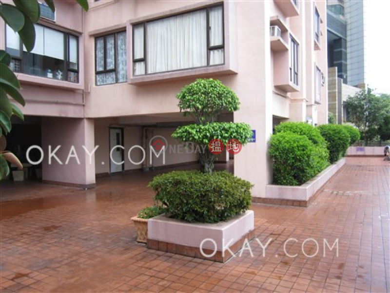Rare 3 bedroom in Western District | Rental | Serene Court 西寧閣 Rental Listings