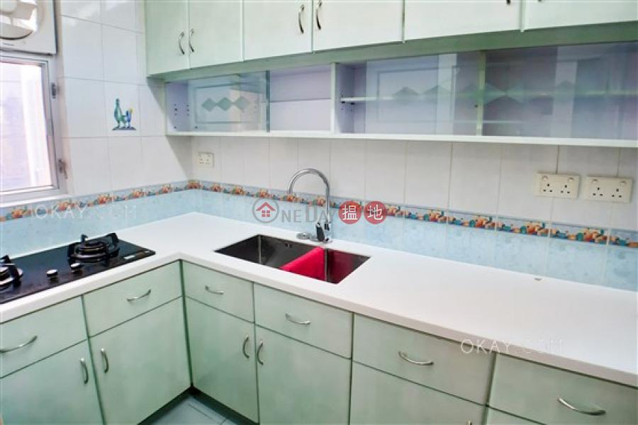 3房1廁,實用率高《伊利莎伯大廈A座出租單位》|伊利莎伯大廈A座(Elizabeth House Block A)出租樓盤 (OKAY-R64532)
