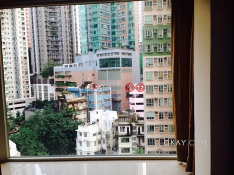 Luxurious 3 bedroom with balcony | For Sale | Centrestage 聚賢居 Sales Listings