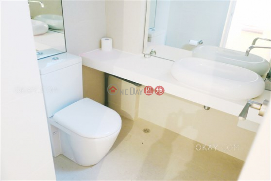 Efficient 3 bedroom with balcony & parking | For Sale | Hong Kong Garden 香港花園 Sales Listings