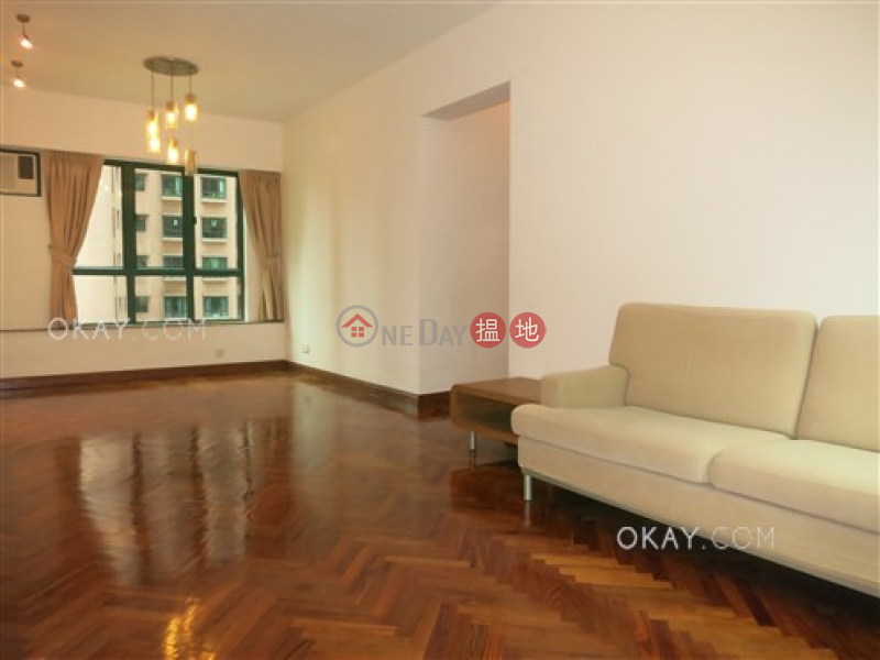 HK$ 17M Hillsborough Court | Central District, Charming 2 bedroom with parking | For Sale