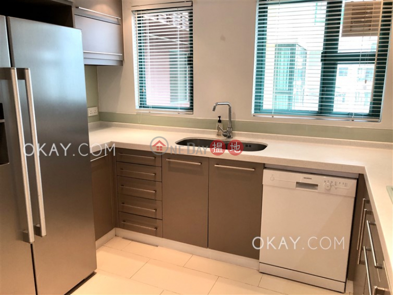HK$ 45,000/ month, Discovery Bay, Phase 13 Chianti, The Pavilion (Block 1) | Lantau Island Luxurious 4 bedroom on high floor with balcony | Rental