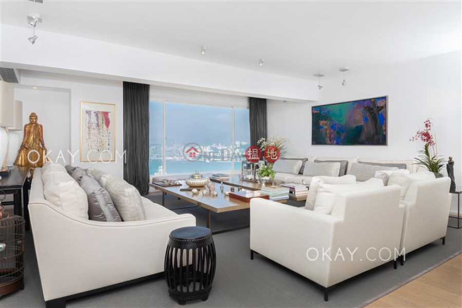 HK$ 86M, Piccadilly Mansion | Western District, Efficient 3 bed on high floor with harbour views | For Sale