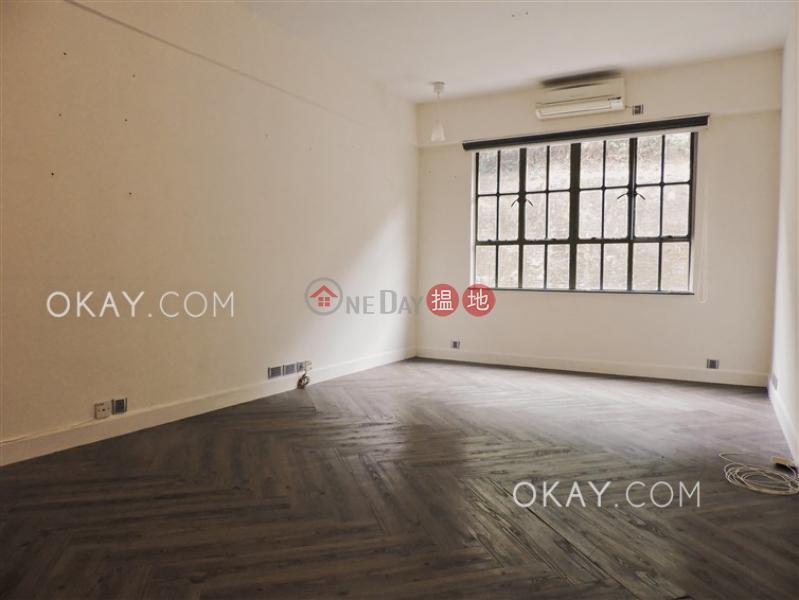 Luxurious 2 bedroom on high floor with parking | Rental | Mandarin Villa 文華新邨 Rental Listings