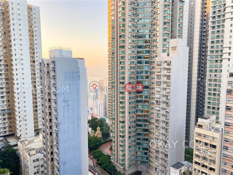 Luxurious 2 bedroom with harbour views & balcony | For Sale | The Icon 干德道38號The ICON Sales Listings