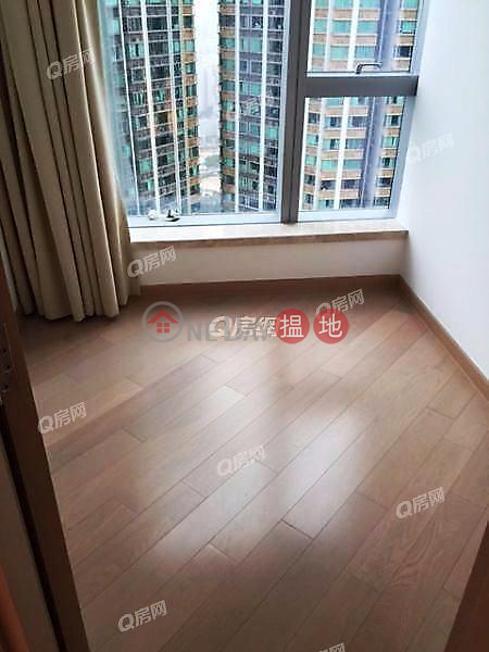 Property Search Hong Kong | OneDay | Residential, Sales Listings, The Cullinan | 2 bedroom Mid Floor Flat for Sale