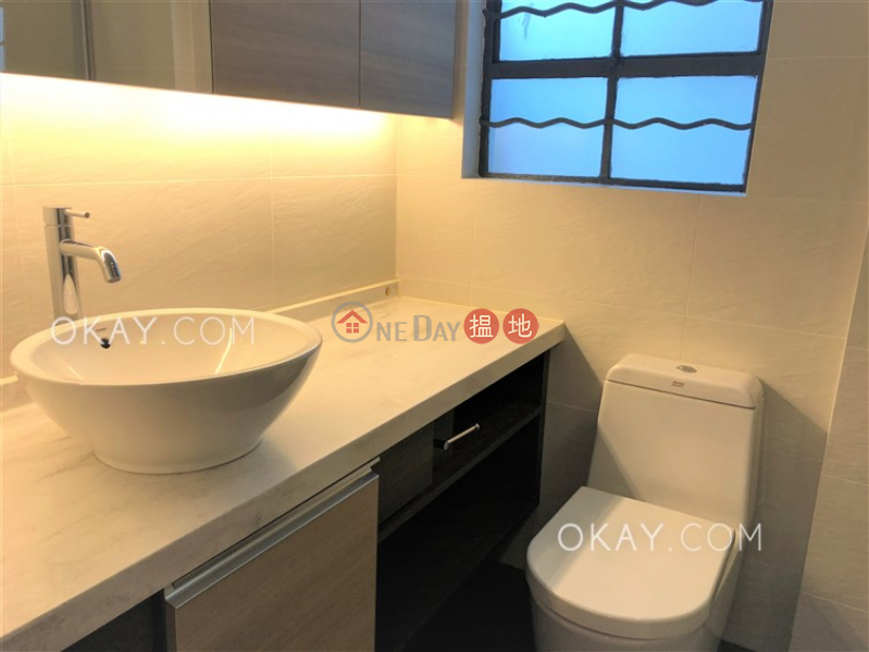 HK$ 100,000/ month 17 Cambridge Road, Kowloon Tong | Luxurious 3 bedroom with balcony & parking | Rental