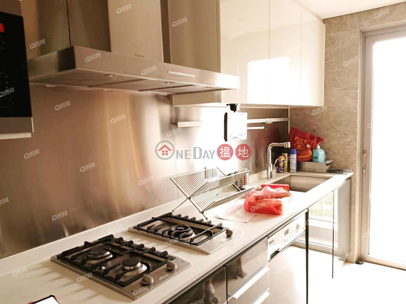 HK$ 45,000/ month, The Austin Tower 5A, Yau Tsim Mong | The Austin Tower 5A | 4 bedroom Mid Floor Flat for Rent