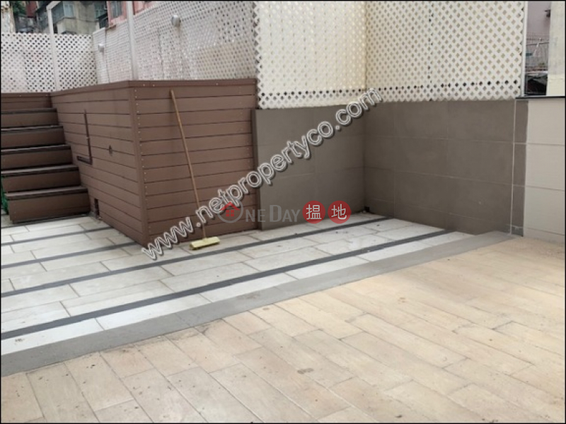 Apartment with Terrace for Rent in Wan Chai | Kin On Building 堅安大廈 Rental Listings
