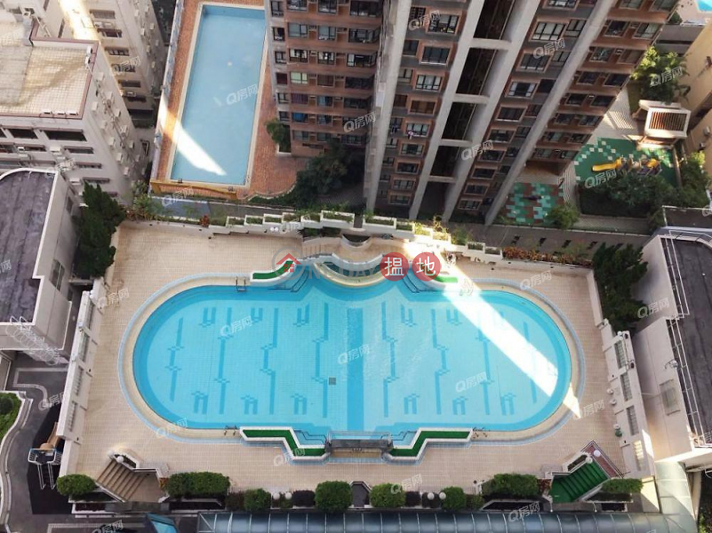 名牌校網,連車位,開揚遠景,豪宅地段《承德山莊買賣盤》33干德道 | 中區-香港出售HK$ 2,080萬