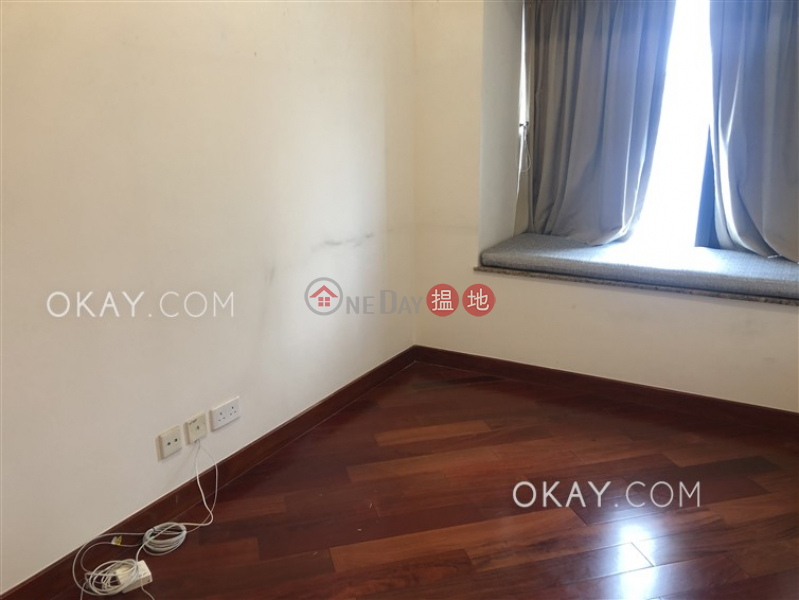 Rare 3 bedroom with harbour views & balcony | Rental | The Arch Sky Tower (Tower 1) 凱旋門摩天閣(1座) Rental Listings
