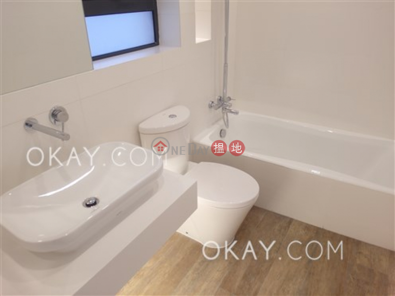 Property Search Hong Kong | OneDay | Residential Rental Listings | Nicely kept 2 bed on high floor with harbour views | Rental