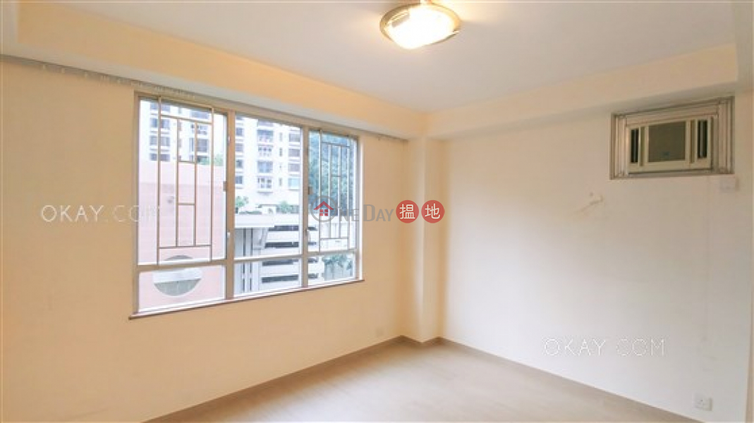 HK$ 45,000/ month Block 4 Phoenix Court   Wan Chai District Luxurious penthouse with rooftop, balcony   Rental
