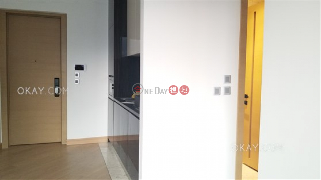 Jones Hive, Middle Residential, Rental Listings | HK$ 30,000/ month