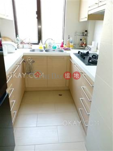 Rare 2 bedroom on high floor with balcony & parking | Rental | South Bay Towers 南灣大廈 Rental Listings