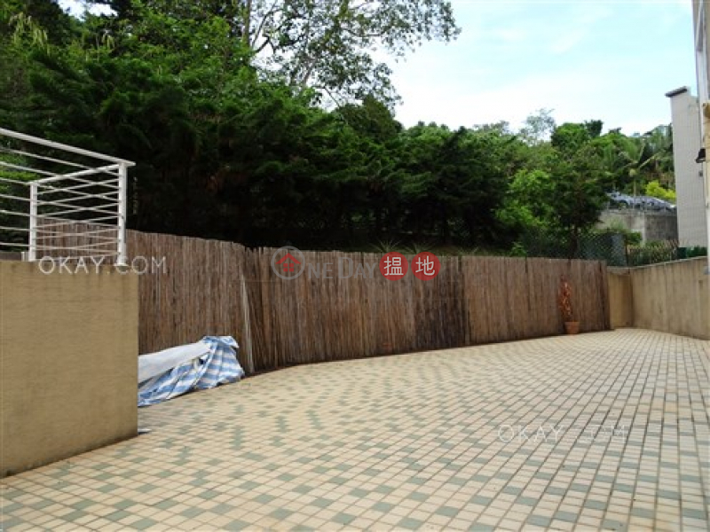 Nicely kept house with rooftop, terrace & balcony | Rental | Lung Mei Village Lung Mei Village Rental Listings
