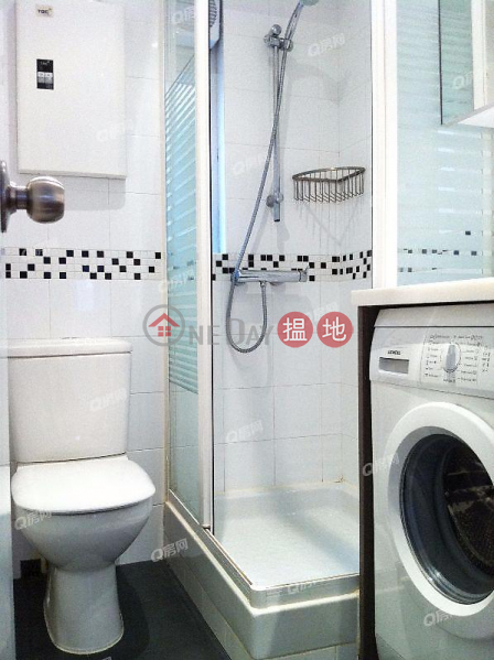 HK$ 25,000/ month, Peace Tower, Central District | Peace Tower | 2 bedroom Low Floor Flat for Rent