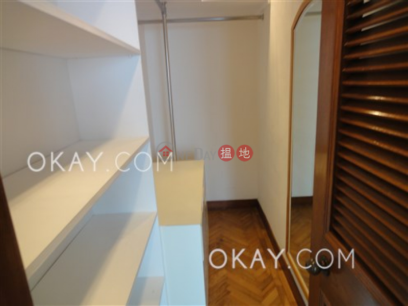 HK$ 70,000/ month Block 2 (Taggart) The Repulse Bay, Southern District, Gorgeous 3 bed on high floor with sea views & parking | Rental