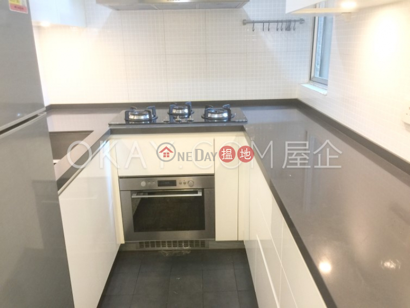 Charming 3 bedroom in Mid-levels West | For Sale | Skyview Cliff 華庭閣 Sales Listings