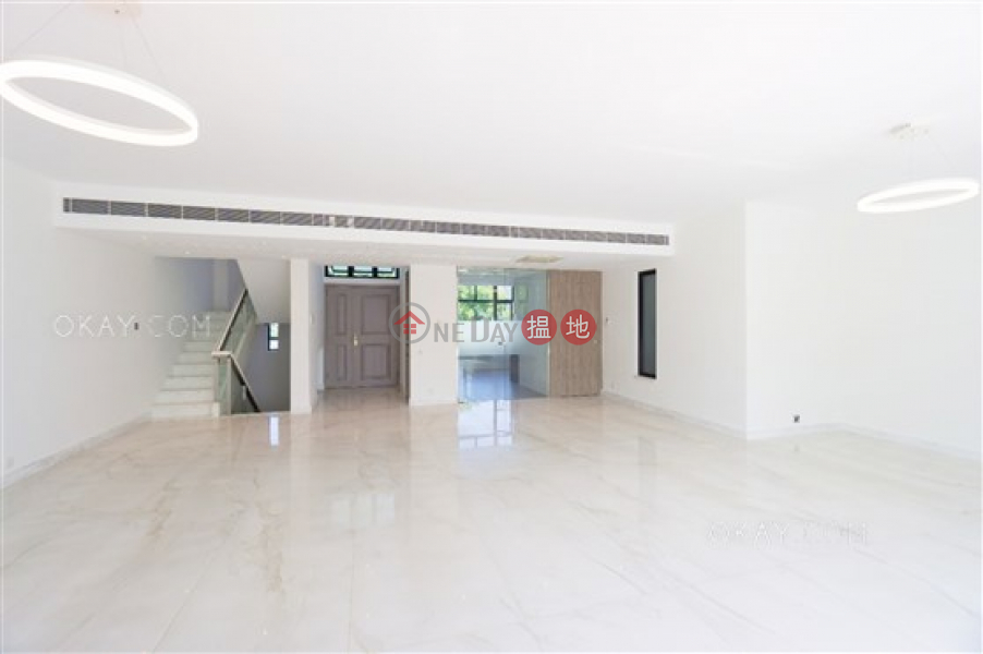 HK$ 150M, Villa Rosa | Southern District Beautiful house with rooftop & parking | For Sale