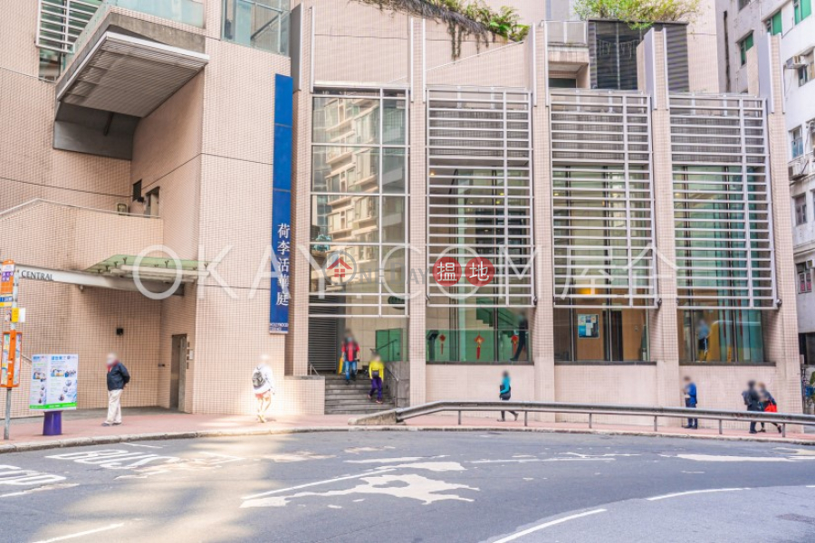 HK$ 17.5M, Hollywood Terrace Central District Stylish 3 bedroom in Sheung Wan | For Sale