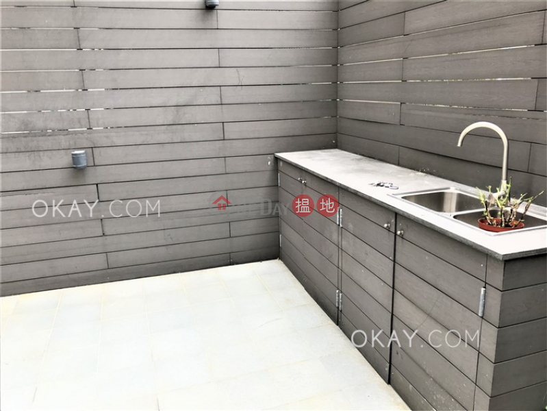 Nicely kept 1 bedroom on high floor with rooftop | For Sale 11-13 Old Bailey Street | Central District Hong Kong Sales HK$ 12M