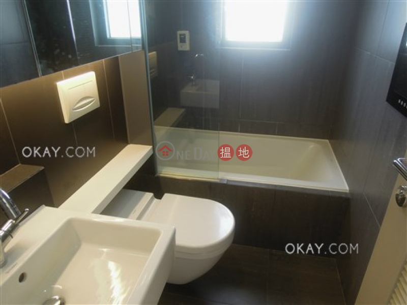 2房2廁,星級會所,可養寵物《萃峯出租單位》-28活道 | 灣仔區香港出租|HK$ 43,000/ 月