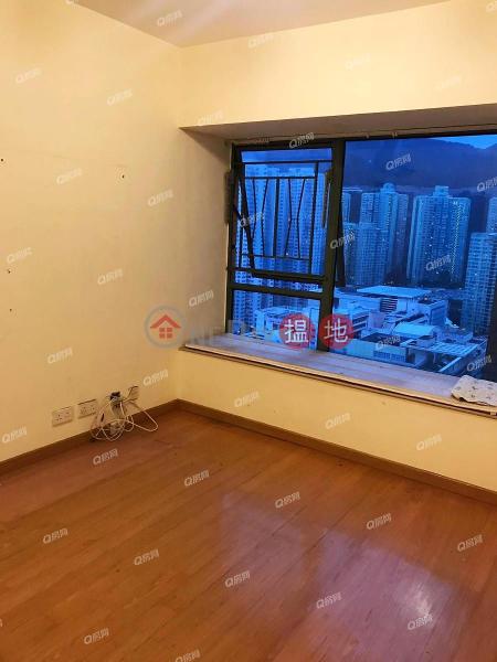香港搵樓|租樓|二手盤|買樓| 搵地 | 住宅出售樓盤內園池景實用三房套《藍灣半島 8座買賣盤》