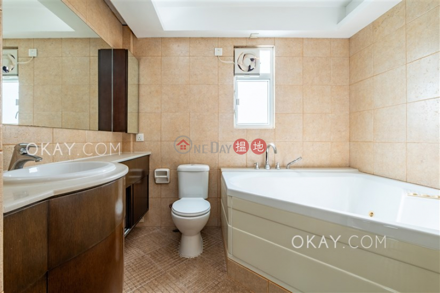 HK$ 59,000/ month | Violet Garden, Sai Kung, Charming house with parking | Rental