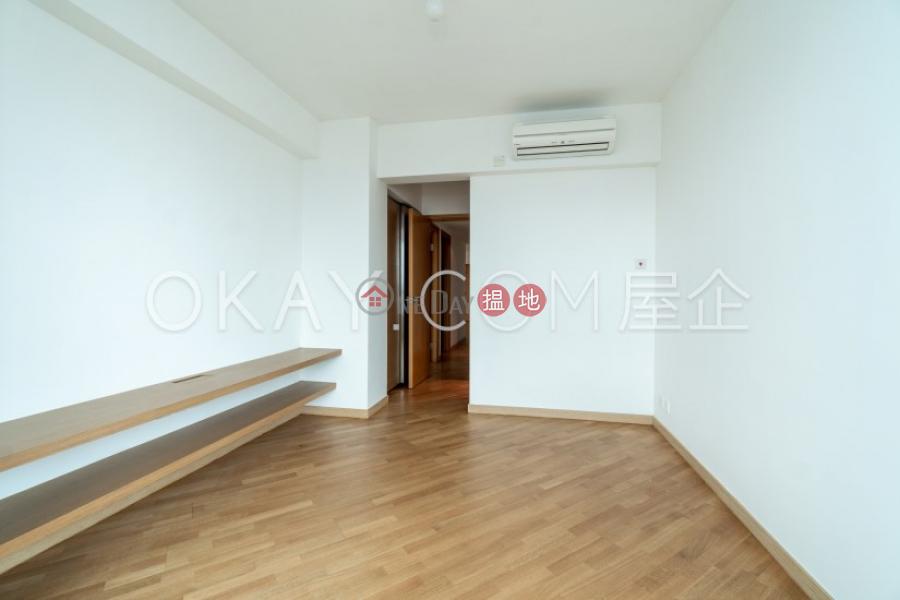 Unique 3 bedroom on high floor with harbour views | Rental | 80 Robinson Road 羅便臣道80號 Rental Listings