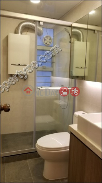 Property Search Hong Kong | OneDay | Residential, Rental Listings | Apartment with Terrace for Rent in Mid-Levels Cent.