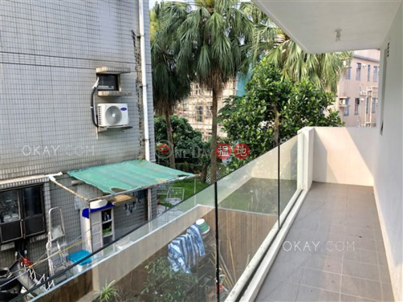 Luxurious house with rooftop, balcony | Rental | Nam Wai Village 南圍村 Rental Listings