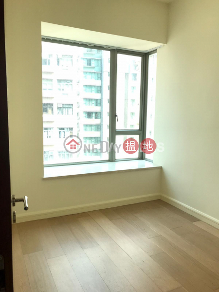 HK$ 55,000/ month No 31 Robinson Road, Western District 3 Bedroom Family Flat for Rent in Mid Levels West