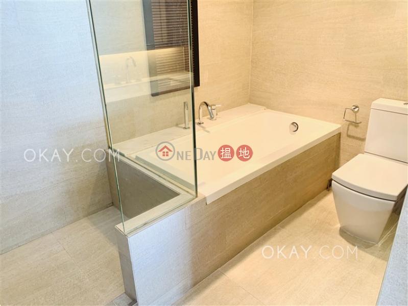 Luxurious 1 bedroom with balcony & parking | Rental | Village Tower 山村大廈 Rental Listings