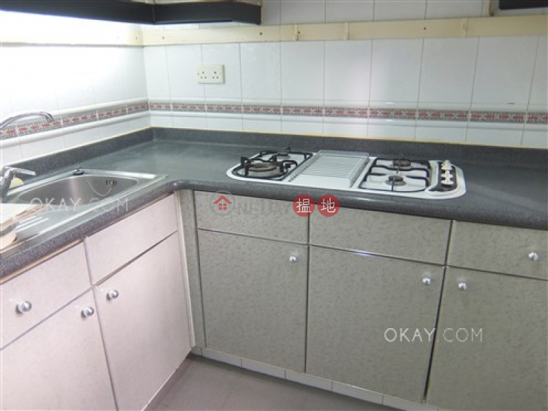 HK$ 25,000/ month Primrose Court Western District Tasteful 2 bedroom in Mid-levels West | Rental