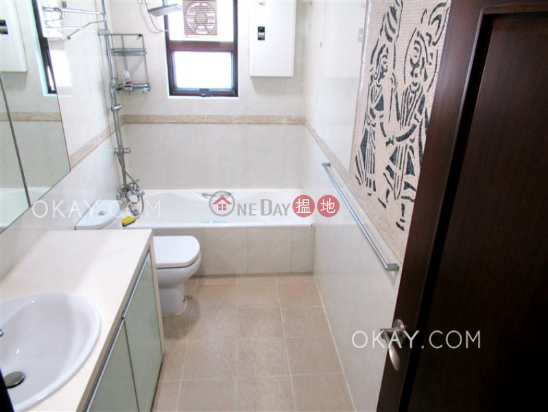 4房2廁,實用率高,極高層,連車位《碧華花園1-10座出租單位》|碧華花園1-10座(Beverly Villa Block 1-10)出租樓盤 (OKAY-R382983)