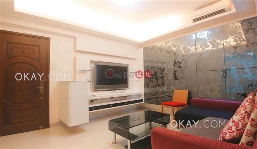 Charming 2 bedroom with sea views | Rental | Pearl City Mansion 珠城大廈 Rental Listings