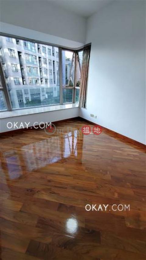 Luxurious 3 bedroom with terrace | Rental|MOUNT BEACON HOUSE1-26(MOUNT BEACON HOUSE1-26)Rental Listings (OKAY-R391860)_0