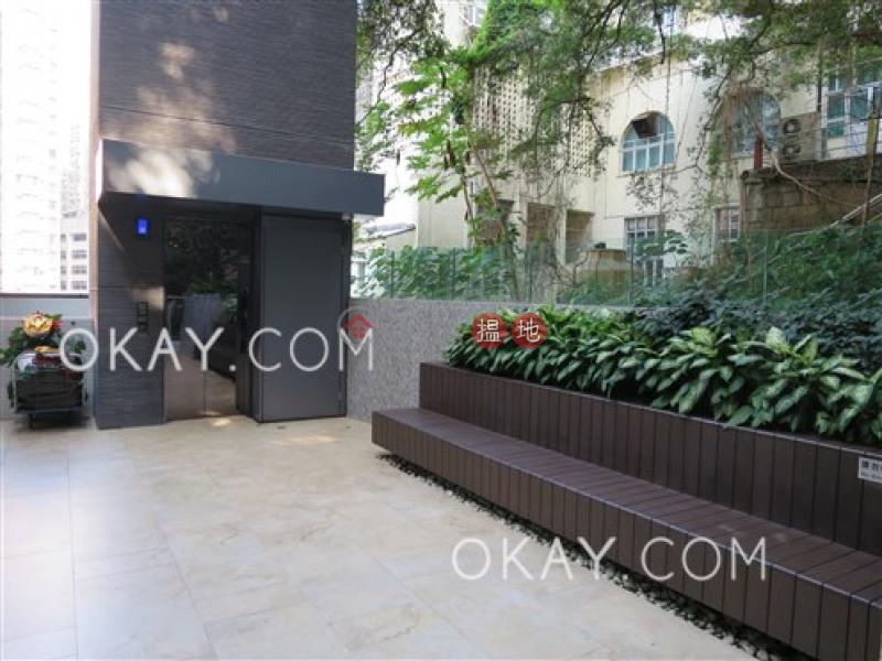 HK$ 1,000萬|曉譽-西區-1房1廁,極高層,星級會所,露台《曉譽出售單位》