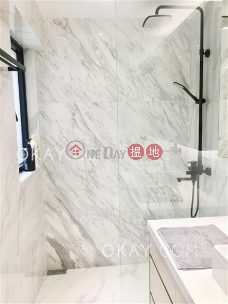 Gorgeous 1 bedroom with terrace | For Sale | Grand Fortune Mansion 裕福大廈 Sales Listings