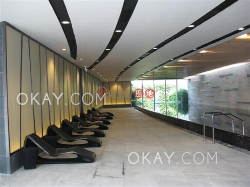 HK$ 44,000/ month, Grand Austin Tower 1, Yau Tsim Mong | Charming 3 bedroom with balcony | Rental
