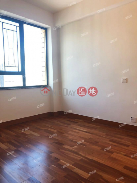 Elizabeth House Block A | 3 bedroom High Floor Flat for Rent | 250-254 Gloucester Road | Wan Chai District | Hong Kong Rental HK$ 42,000/ month