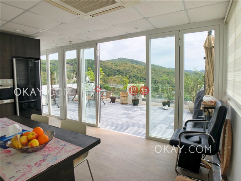 Cozy house on high floor with rooftop & balcony | For Sale | Nam Shan Village 南山村 Sales Listings