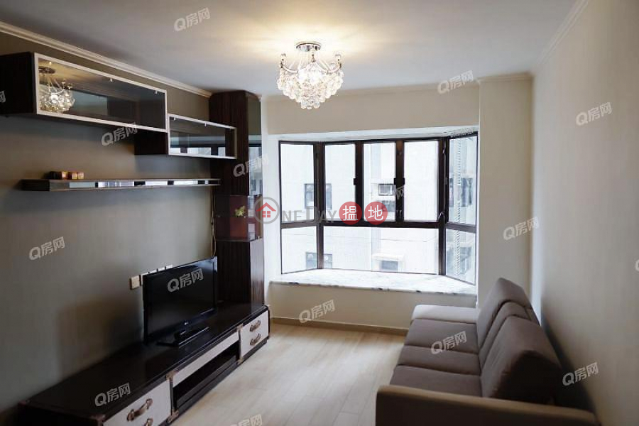 HK$ 22,000/ month Fook Kee Court, Western District, Fook Kee Court | 1 bedroom Mid Floor Flat for Rent