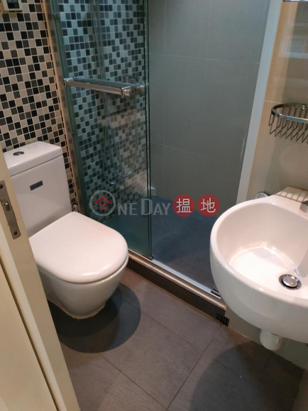Flat for Rent in Royal Court, Wan Chai | 9 Kennedy Road | Wan Chai District | Hong Kong, Rental | HK$ 31,000/ month