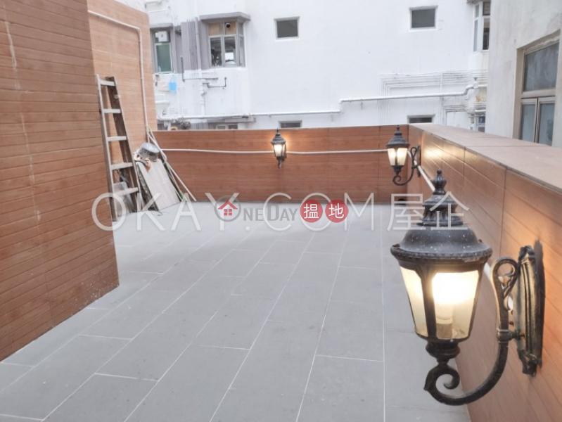 3房1廁,露台《英華閣出租單位》 英華閣(Ying Wah Court)出租樓盤 (OKAY-R38134)