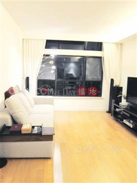 HK$ 41,000/ month, Primrose Court Western District, Gorgeous 3 bedroom in Mid-levels West   Rental