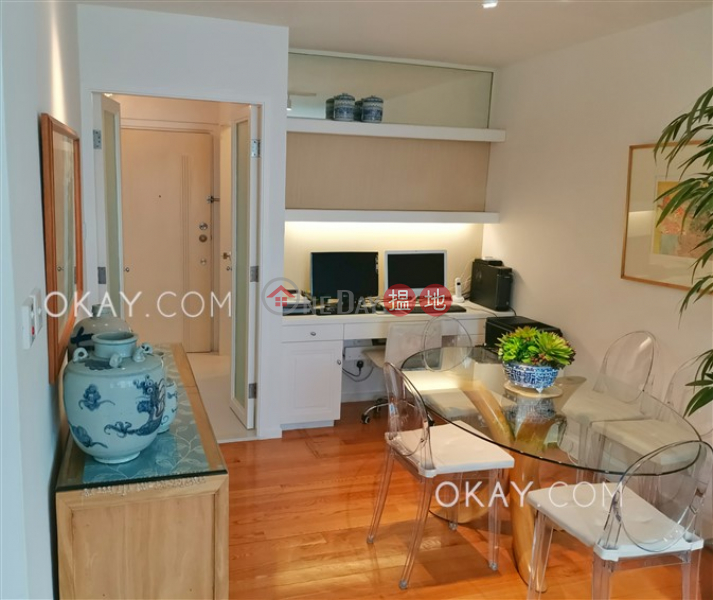 HK$ 15.5M, Hollywood Terrace | Central District Nicely kept 2 bedroom on high floor with rooftop | For Sale